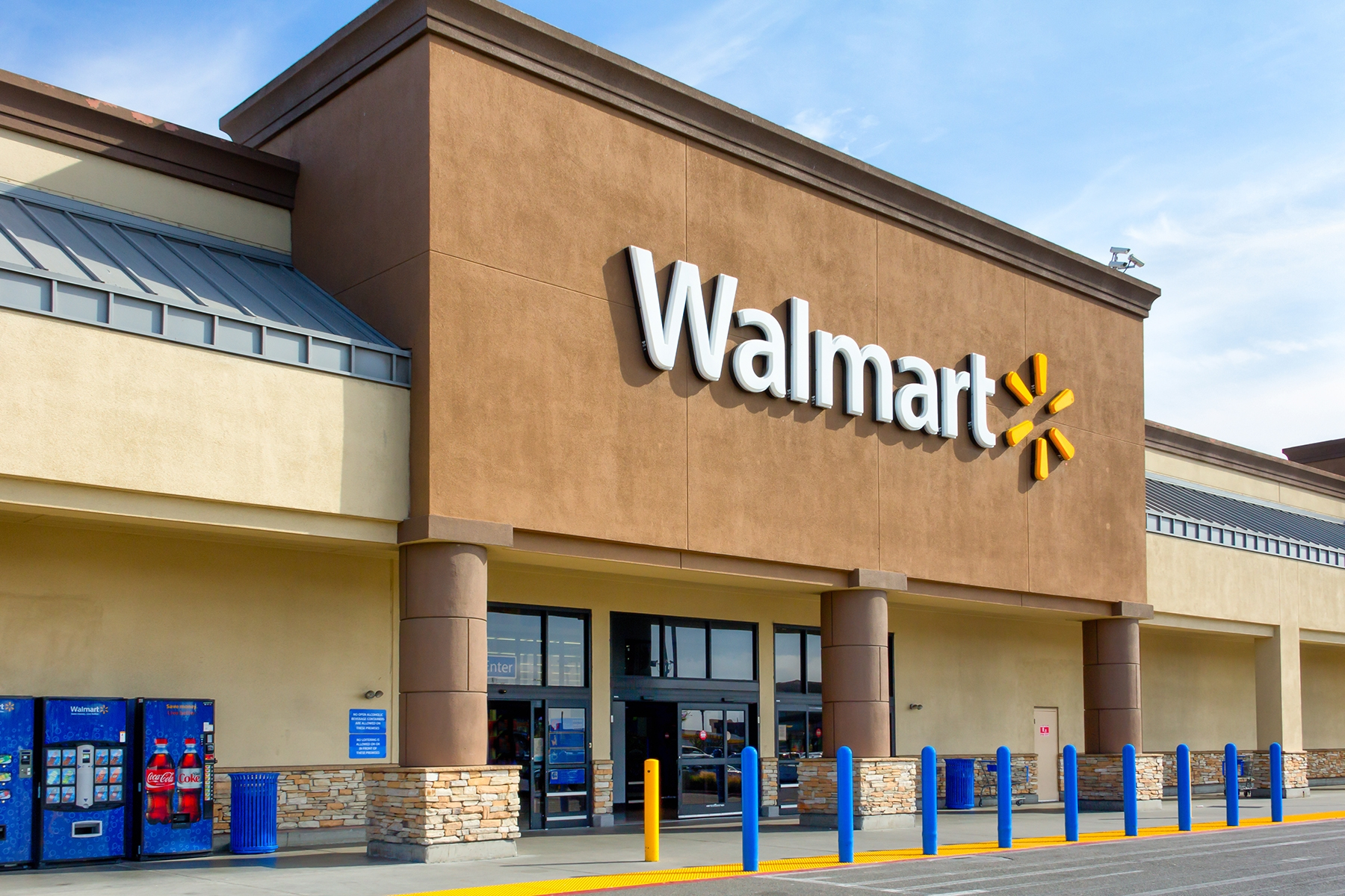 WALMART IS LAUNCHING A CRYPTO COIN